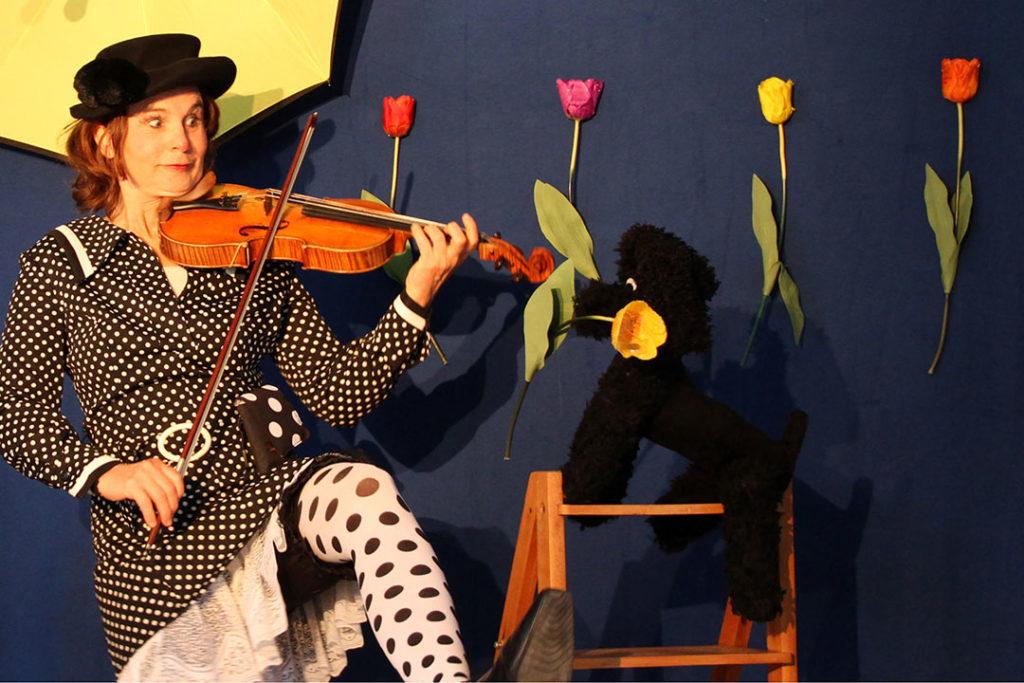 Kindertheater Bea Hutter: Antonia & Wiwaldi in den Jahreszeiten