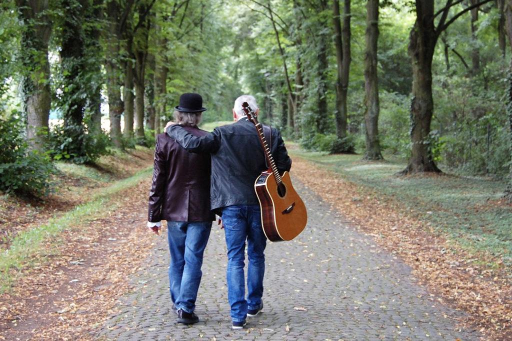 Openair-Livemusik im Café: Harald Andres & Werner Littau