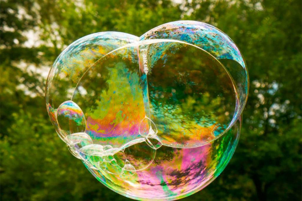 Sommer-Ferienspiele: Spiel, Spaß und Kreativität draußen erleben. Für Kinder von 6-11 J.